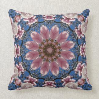 Bloem Mandala, roze de lentebloesems Kussen