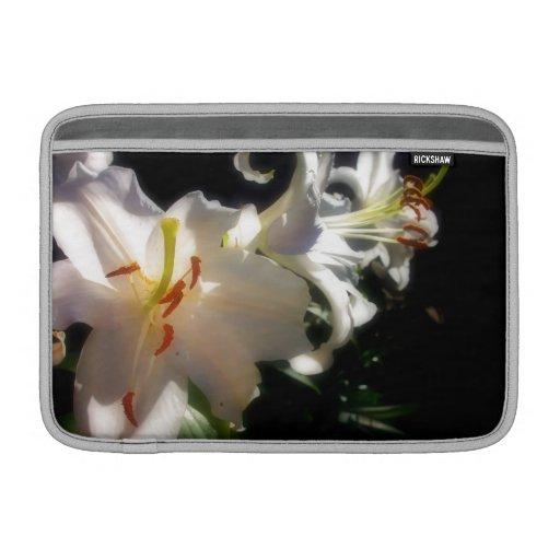 bloem sleeve, Lilly, Lucht Macbook