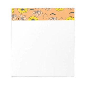 Bloemen Melange bleek oranje, geel, zwart patroon Notitieblok