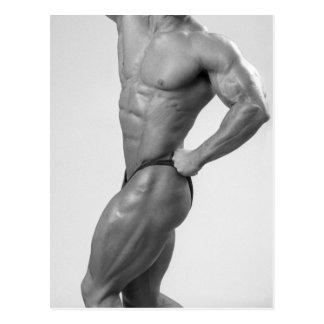 Bodybuilder in het Stellende Briefkaart van het