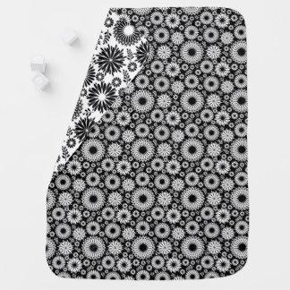 Boho bloeit Zwart-wit vector bloemenpatroon Inbakerdoek
