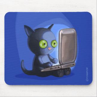 Bont Surfers: Zwarte Kat op laptop Muismat