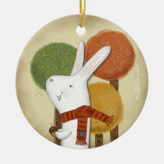 Bos Konijntje met Eikel Rond Keramisch Ornament