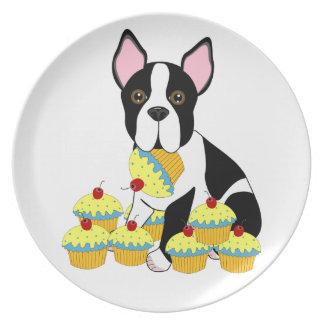 Boston Terrier met Blauw Bord Cupcakes