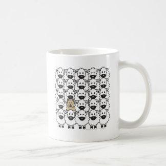 Briard bij de Schapen Koffiemok