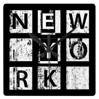 Bronx New York | Typografie Grunge Vierkante Klok