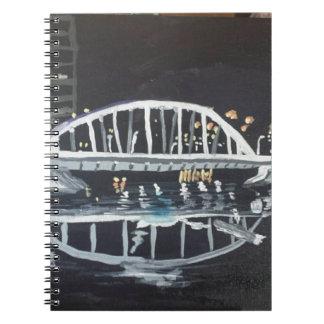 brug bij nacht notitieboek