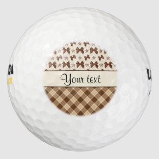 Bruine Controles & Mooie Bogen Golfballen