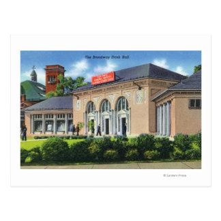 Buiten Uitzicht van de Zaal van de Drank Broadway Briefkaart