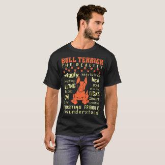 Bull terrier die Vertrouwend op Vriendschappelijke T Shirt