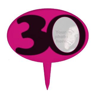 cake van de de 30ste pret de hete roze verjaardag  cake prikker