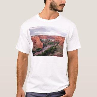 Canyon DE Chelly, Arizona, bij zonsondergang T Shirt
