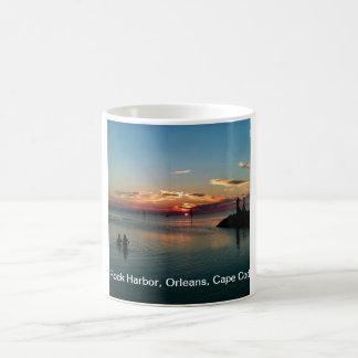 Cape Cod die - de Zonsondergang van de Haven van Koffiemok