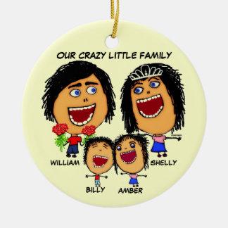 Cartoon van de Familie van Kerstmis de Gekke Rond Keramisch Ornament