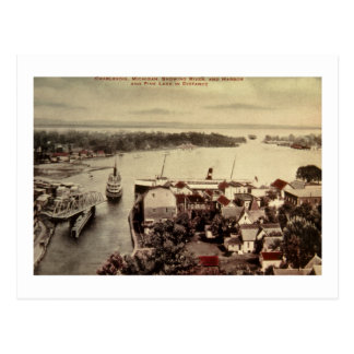 Charlevoix, Michigan, Tonend Rivier en Haven Briefkaart