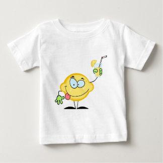 Citroen die een Glas met Limonade houden Baby T Shirts