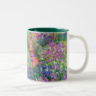 Claude Monet: De tuin van de Iris in Giverny Tweekleurige Koffiemok