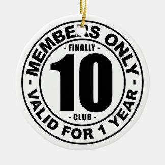 Club tot slot 10 rond keramisch ornament
