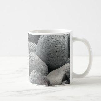 Cobbles van het basalt koffiemok