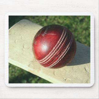 cricket-ball-and-bat.jpg muismatten