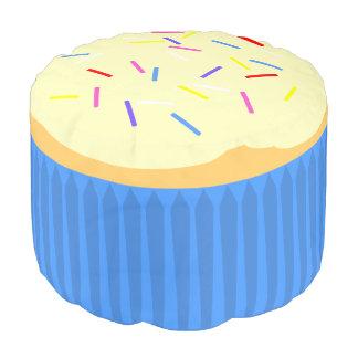 Cupcake met bestrooit 2 (blauw) rond zitkussen