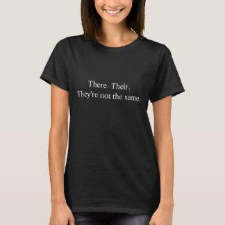 Daar. Hun. Zij zijn T Shirt