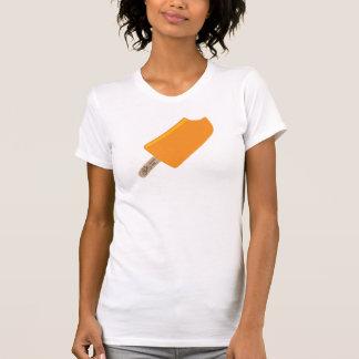 Dames die T-shirt cirkelen