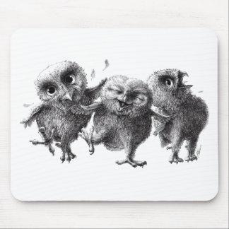 Dancing and singing Owls Muismatten
