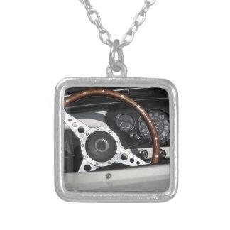 Dashboard van een oude Britse klassieke auto Zilver Vergulden Ketting