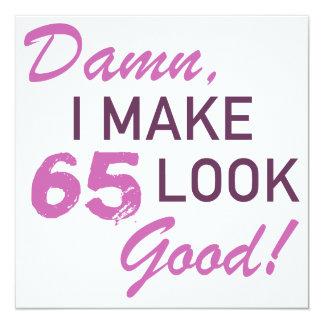 de 65ste Humor van de Verjaardag 13,3x13,3 Vierkante Uitnodiging Kaart