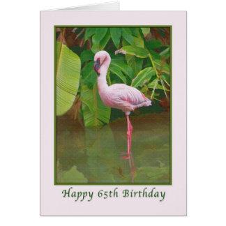 de 65ste Kaart van de Verjaardag met Roze Flamingo