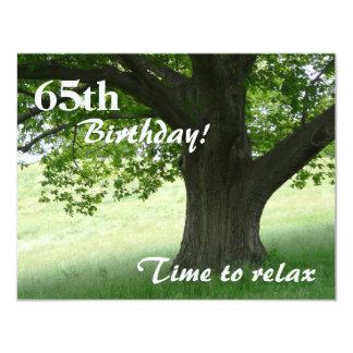 de 65ste Verjaardag partij-ontspant/met Citaat 10,8x13,9 Uitnodiging Kaart