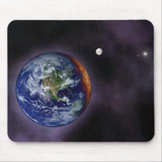 De aarde bij de buitenranden wordt getoond die muismat