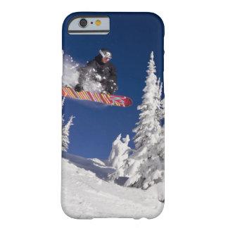 De actie van Snowboarding bij de Toevlucht van de Slim iPhone 6 Hoesje
