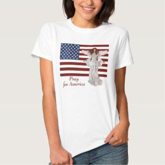 De Amerikaanse Engel van de Vlag bidt voor Amerika Shirt