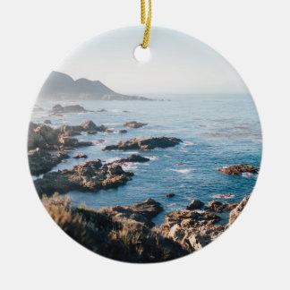 De baai van Monterey Rond Keramisch Ornament