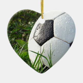De Bal van de Voet van Soccer~ op gebied Keramisch Hart Ornament