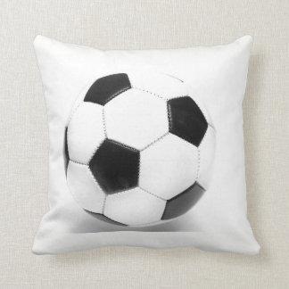 De Bal van het voetbal werpt Hoofdkussen Sierkussen