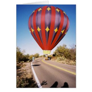 De Ballon van de hete Lucht op Rijweg Wenskaart