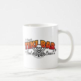 De Bar van Tiki van Lt. Dan & de Koopwaar van de Koffiemok