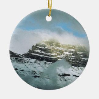 De Berg van het storm Rond Keramisch Ornament