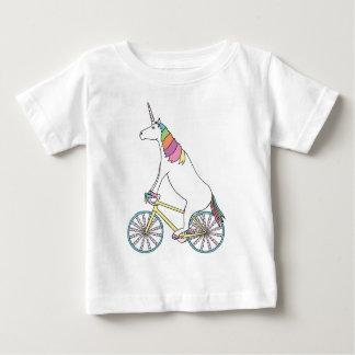 De Berijdende Fiets van de eenhoorn met de Wielen Baby T Shirts