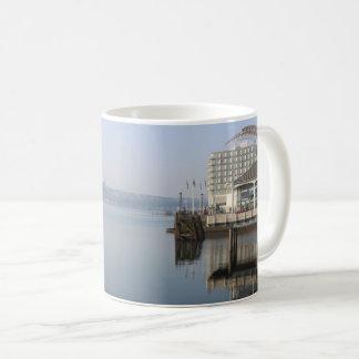 De Bezinningen van de Baai van Cardiff Koffiemok