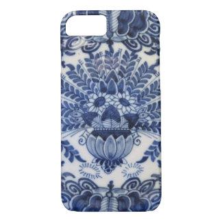 De blauwe en Witte Bloemen van de Pauw van Delft iPhone 7 Hoesje