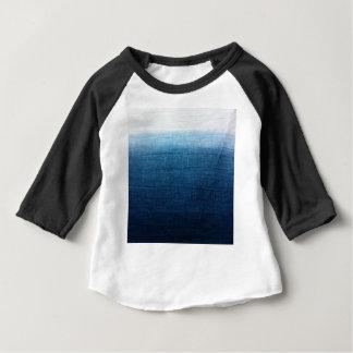 De blauwe Indigo Ombre verdwijnt langzaam. Japanse Baby T Shirts