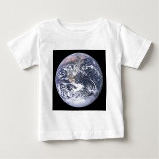 """De """"blauwe Marmeren"""" Aarde schijnt van Apollo 17 Baby T Shirts"""