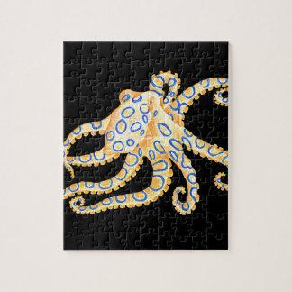 De blauwe Octopus van de Ring op Zwarte Puzzel