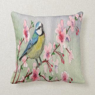 De blauwe Vogel van de Mees op de Boom Watercolour Sierkussen
