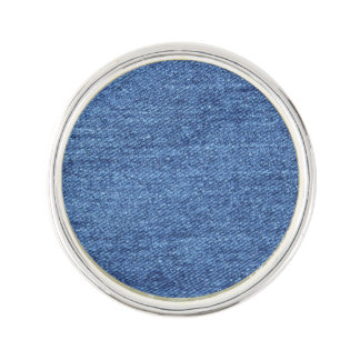 De blauwe Witte Textuur van het Denim kijkt Reverspeldje