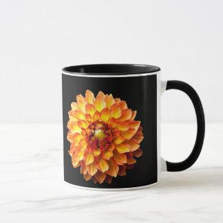 De bloem van de dahlia mok